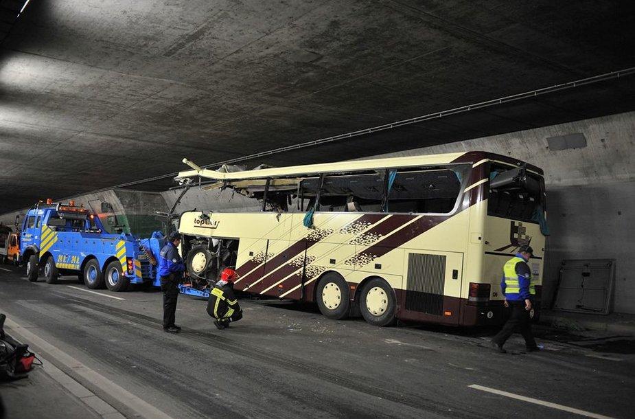 Sudužęs autobusas