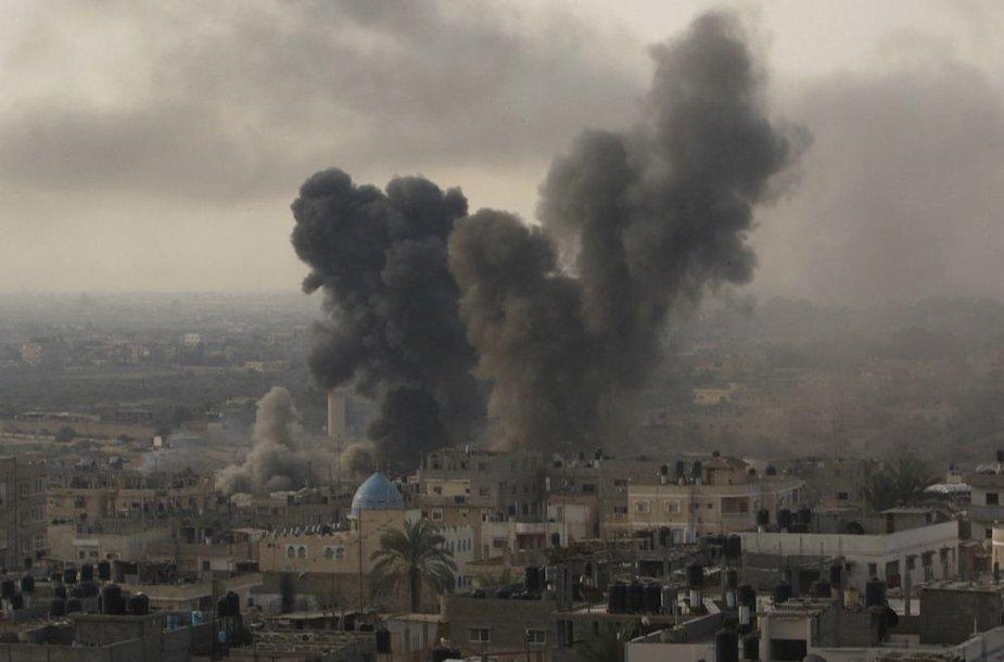 Izraelio oro atakos Gazos Ruože