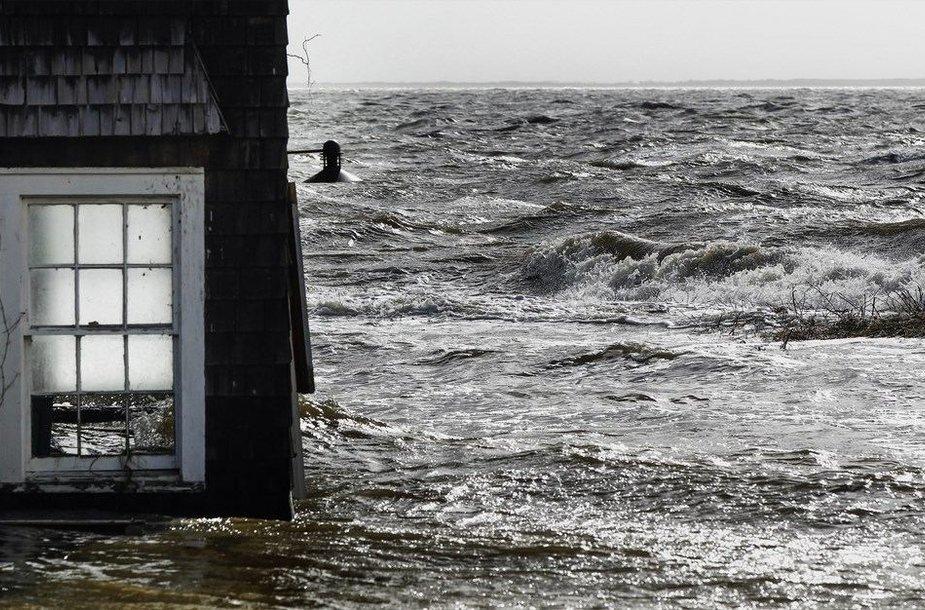Per Sandy audrą apsemtas pastatas