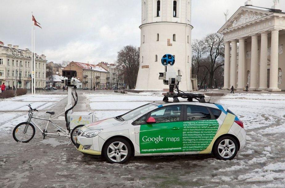 """""""Google Street View"""" dviratis ir automobilis"""