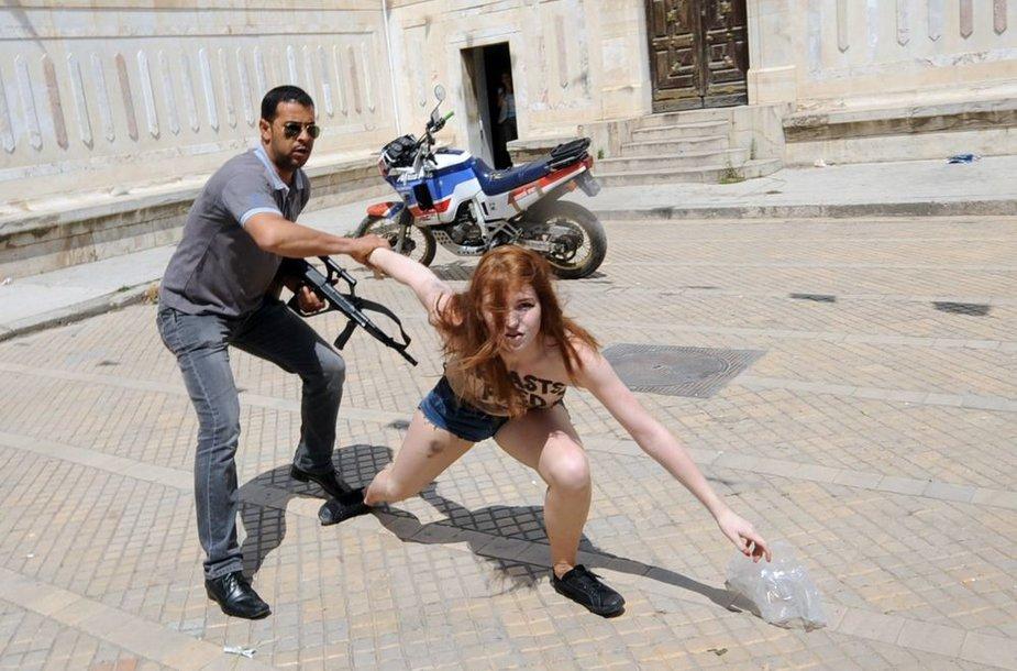"""Femen"" aktyvisčių protestas Tunise"