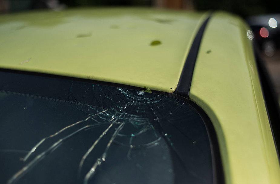 Krušos apgadintas automobilis