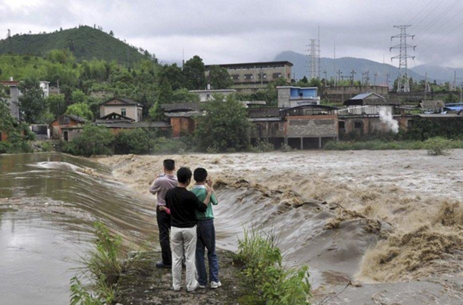 Potvynis Kinijos pietvakariuose