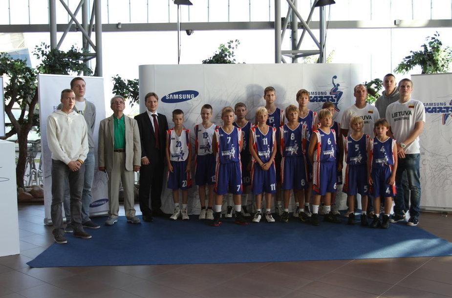 """Projektas """"Samsung karta"""" – dar geresnės sąlygos tobulėti jaunąjai krepšinio žvaigždžių kartai"""