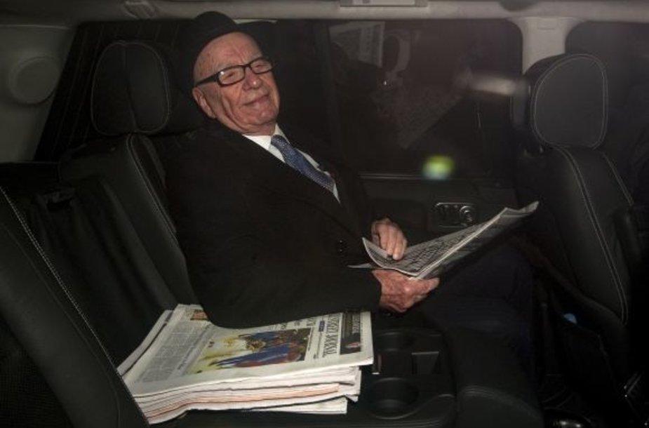 Kaltinimų prispausto R.Murdocho atsakas – naujas laikraštis.
