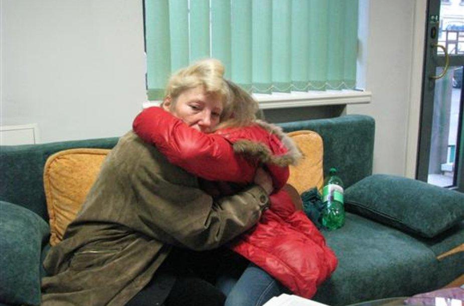 Mergaitė ir jos motina iš Marijampolės pabėgo į Kauną ir dingo.