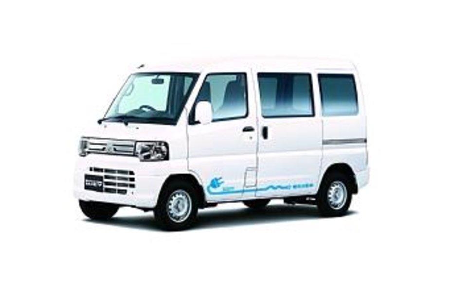"""Mitsubishi i-MiEV"" komercinis automobilis"