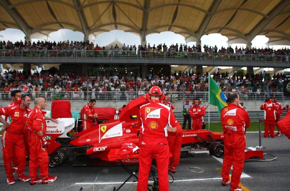"""""""Ferrari"""" komanda"""