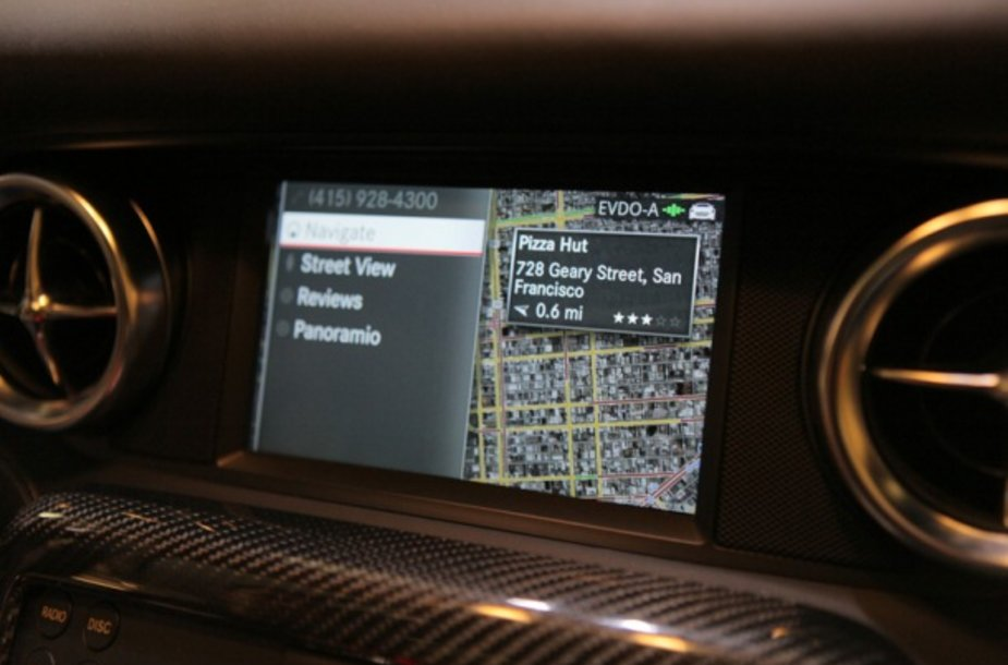 """Google Maps"" ""Mercedes-Benz SLS AMG"" modelyje"