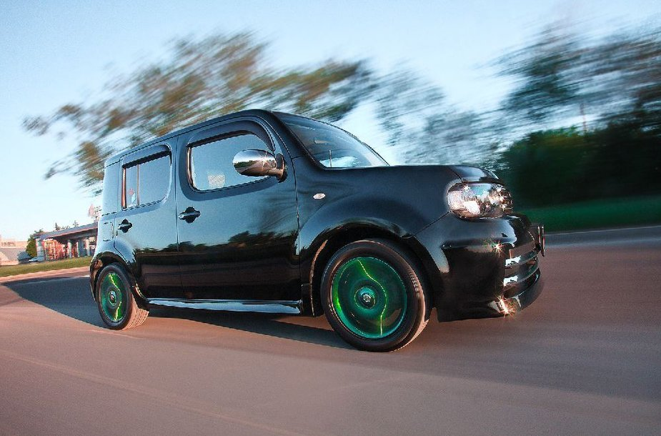 """Andriaus """"Nissan Cube"""""""