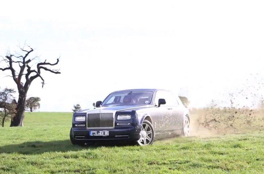 """Rolls-Royce Phantom"" slysta per veją"