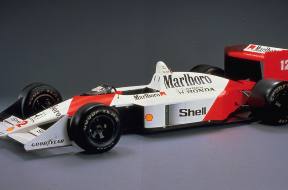 """McLaren"" bolidas su ""Honda"" varikliu"