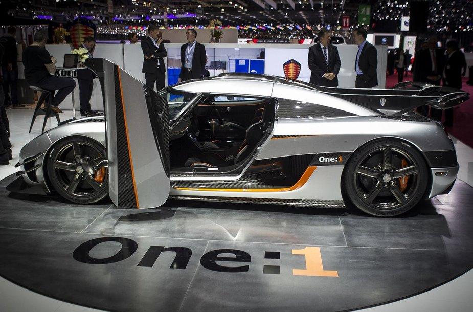 """Greičiausias Ženevoje """"Koenigsegg One:1"""""""