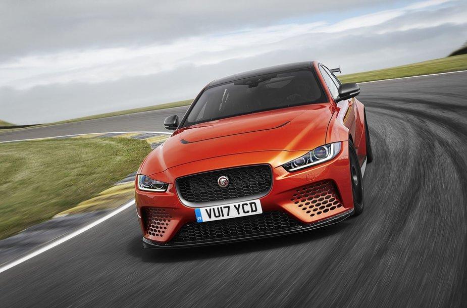 """""""Jaguar XE SV Project 8"""""""