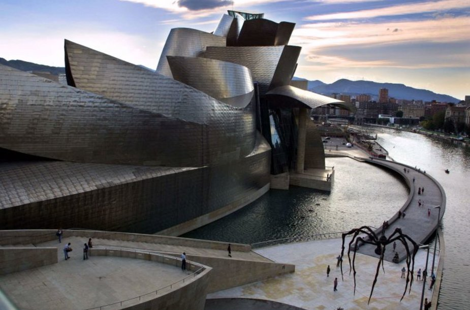 Guggenheimo muziejus Bilbao mieste