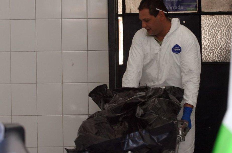 Vienas iš penkiasdešimties Meksikoje rastų lavonų
