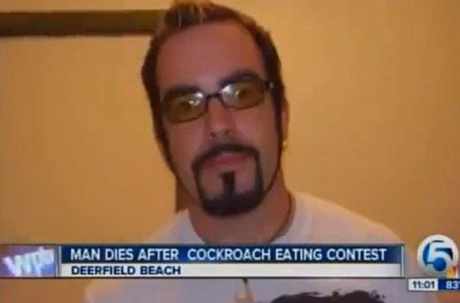 Tarakonų valgymo čempionatą laimėjęs Edwardas Archboldas mirtinai užspringo