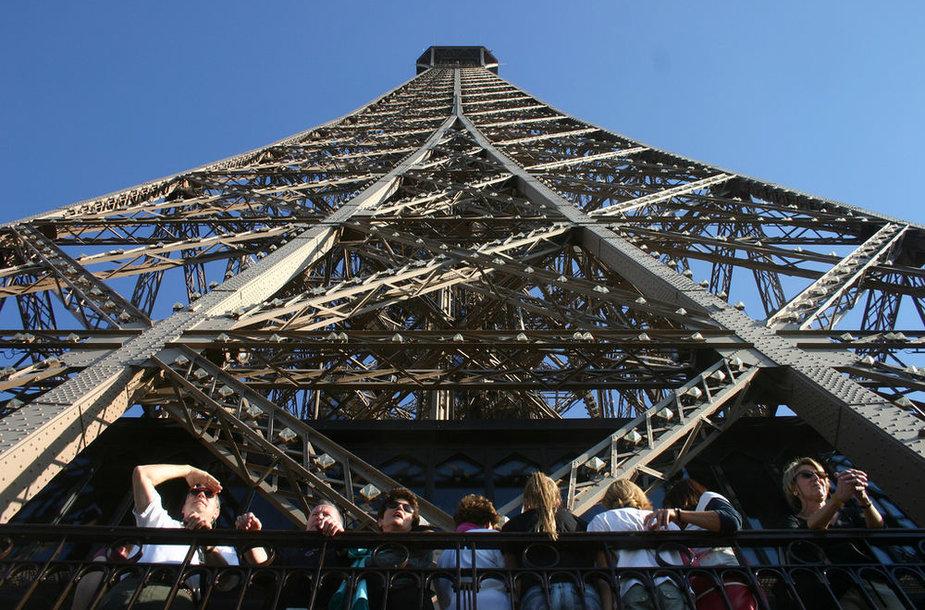 Prancūzų valdžia mokys savo gyventojus mandagaus elgesio su turistais
