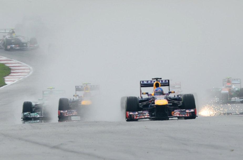 """""""Formulės-1"""" lenktynės Malaizijoje"""