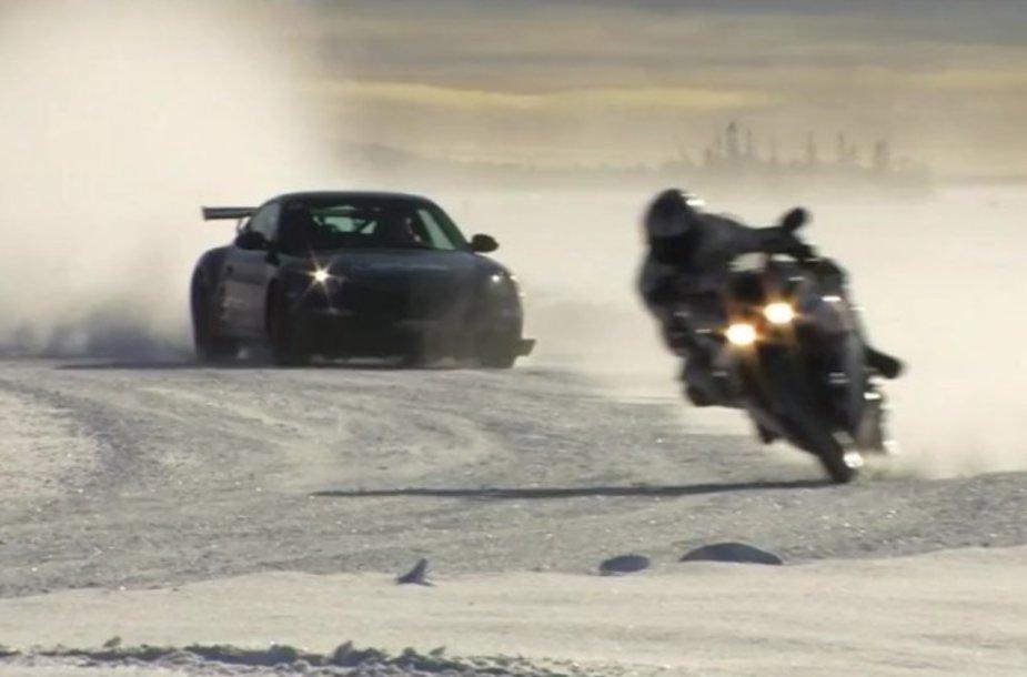 Lenktynės sniego trasoje
