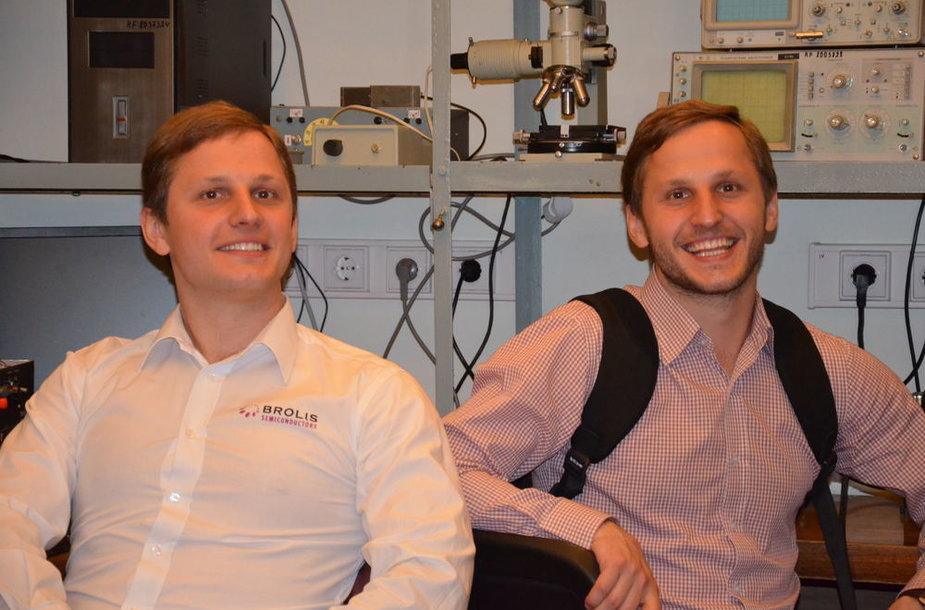 Fizikai ir verslininkai - broliai Augustinas ir Kristijonas Vizbarai