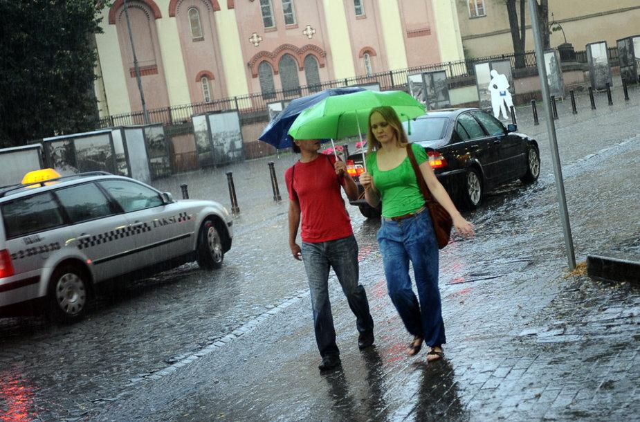 """""""Kultūros naktį"""" skalbė lietus"""