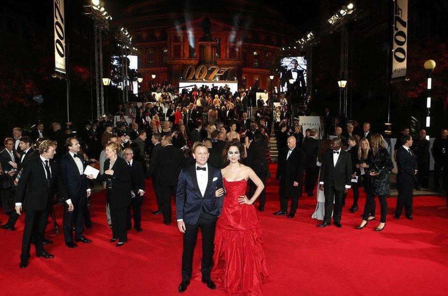 Danielis Craigas ir Berenice Marlohe