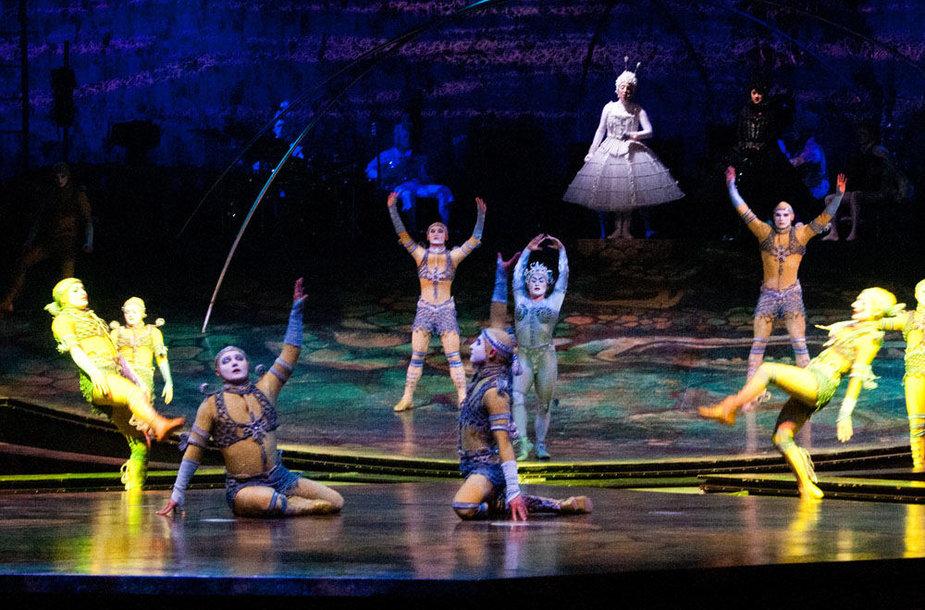"""Cirque du Soleil"" pasirodymo ""Alegria"" akimirka"