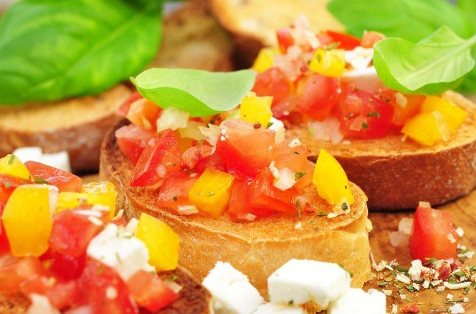 Lengvos vasariškos duonos užkandėlės