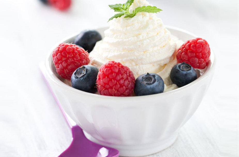 Šaldytas jogurtas - trumpalaikė mada ar ilgalaikė tendencija?