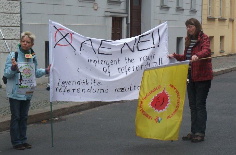 Protestas Berlyne prieš Visagino AE