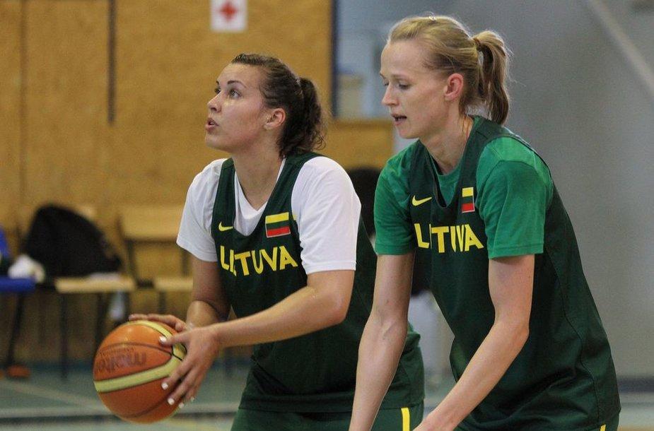 Kamilė Nacickaitė ir Kristina Vengrytė
