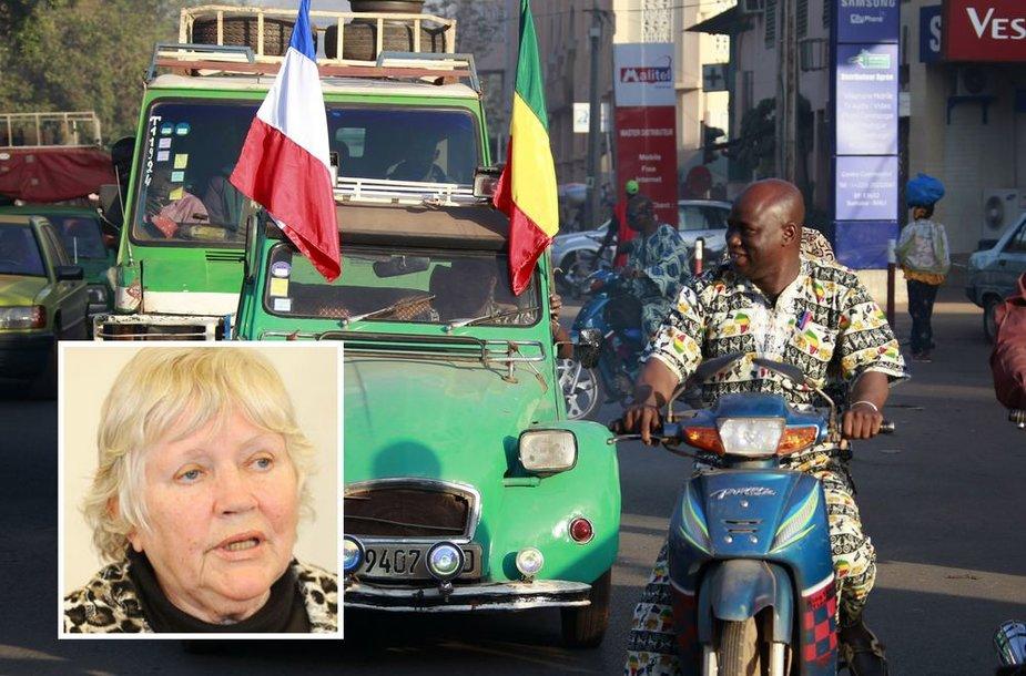 Ant automobilio - Malio ir Prancūzijos vėliavos