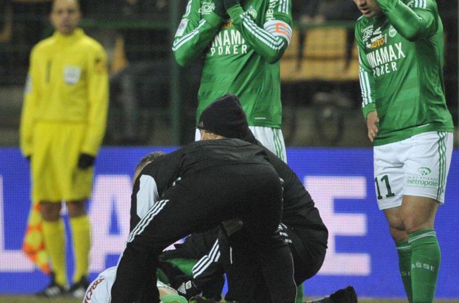 """""""Saint-Ettiene"""" žaidėjus sukrėtė komandos draugo trauma."""