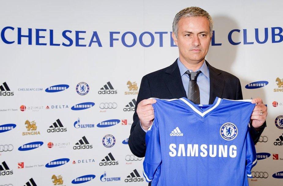 "Jose Mourinho tapo ""Chelsea"" treneriu."