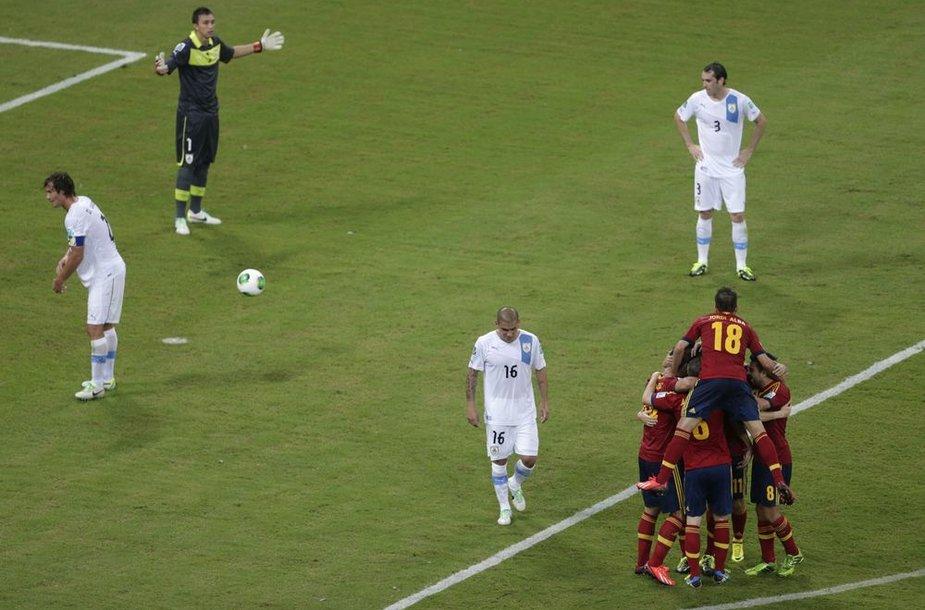Ispanai džiaugiasi įvarčiu