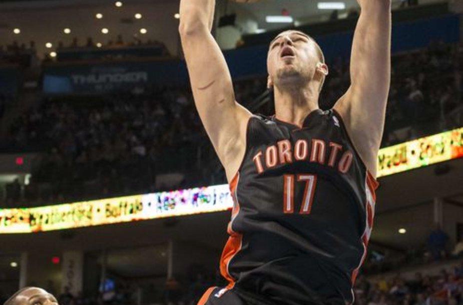 """Jono Valančiūno vedama """"Toronto Raptors"""" nusileido """"Oklahoma Thunder"""" ekipai 88:108"""