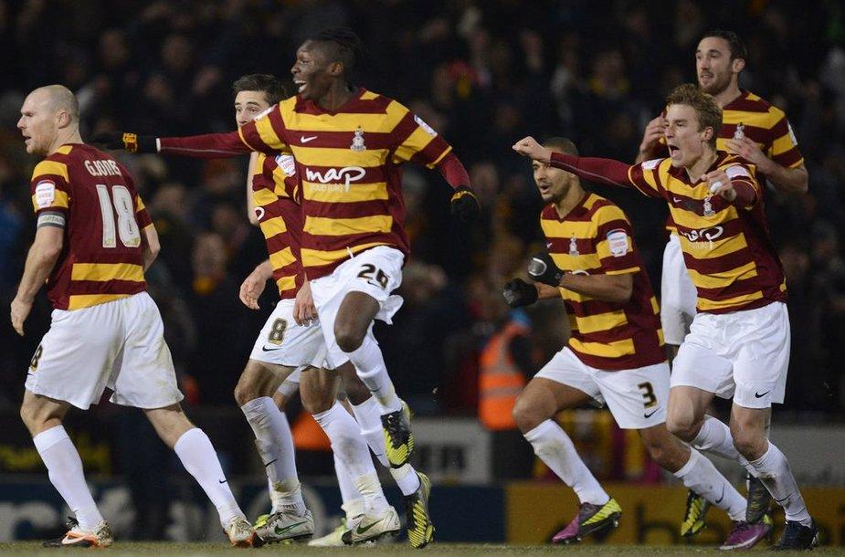 """Staigmeną pateikė ketvirtos lygos klubas """"Bradford"""" klubas, eliminavęs Londono """"Arsenal"""" ekipą."""