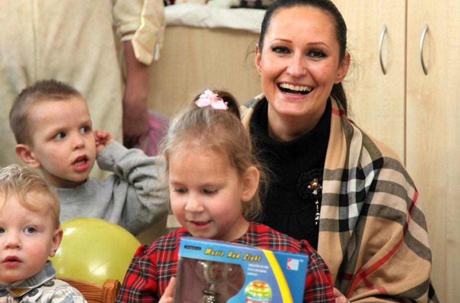 Inga Budrienė su mažyliais