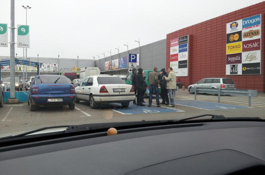Neįgalieji prie Molo Kaune