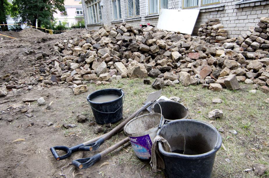Vilniaus Didžiosios sinagogos komplekso archeologiniai tyrimai nustebino netikėtai atrastais unikaliais radiniais