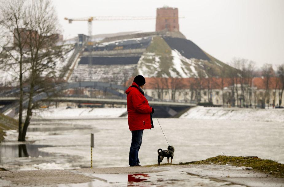 Pamažu pavasarėjantis Vilnius