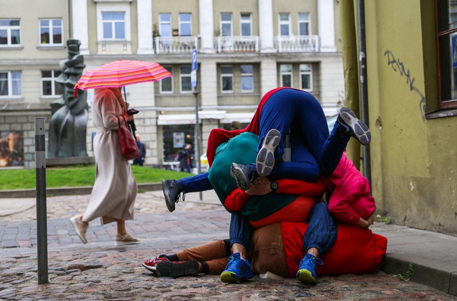 "Performanso ""Bodies in Urban Spaces"" generalinė repeticija"