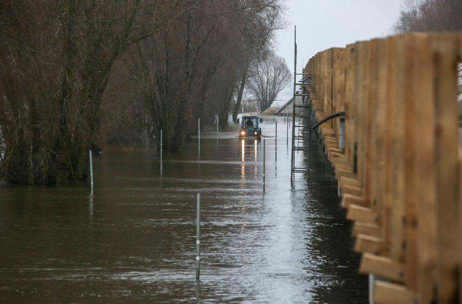 Potvynis šalia Rusnės