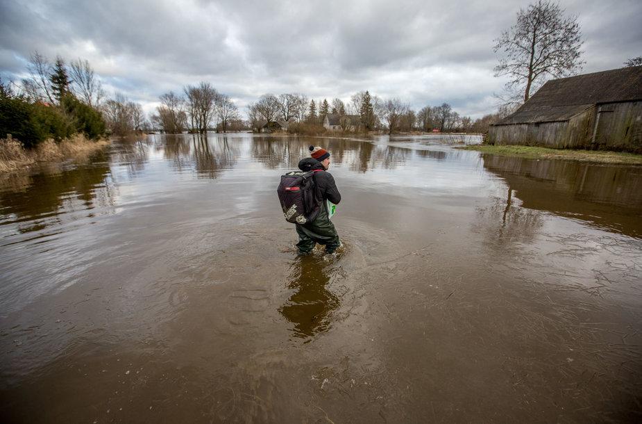 Potvynio apsemtos pamario krašto sodybos