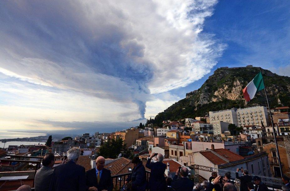 Etnos ugnikalnio išsiveržimas