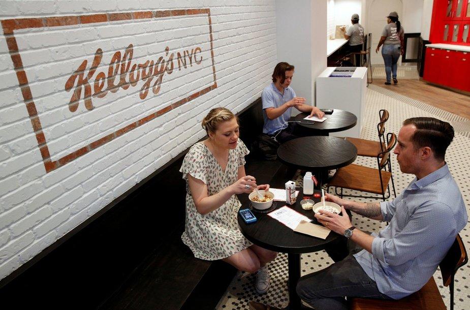 """""""Kellogg"""" atidarė pirmąją sausų pusryčių kavinę Niujorke"""