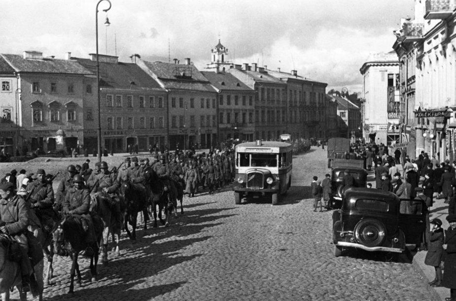 Raudonoji armija Vilniuje 1940 metais