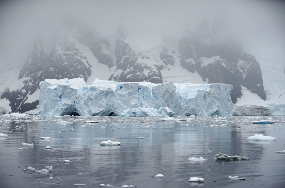 Antarktidos ledas