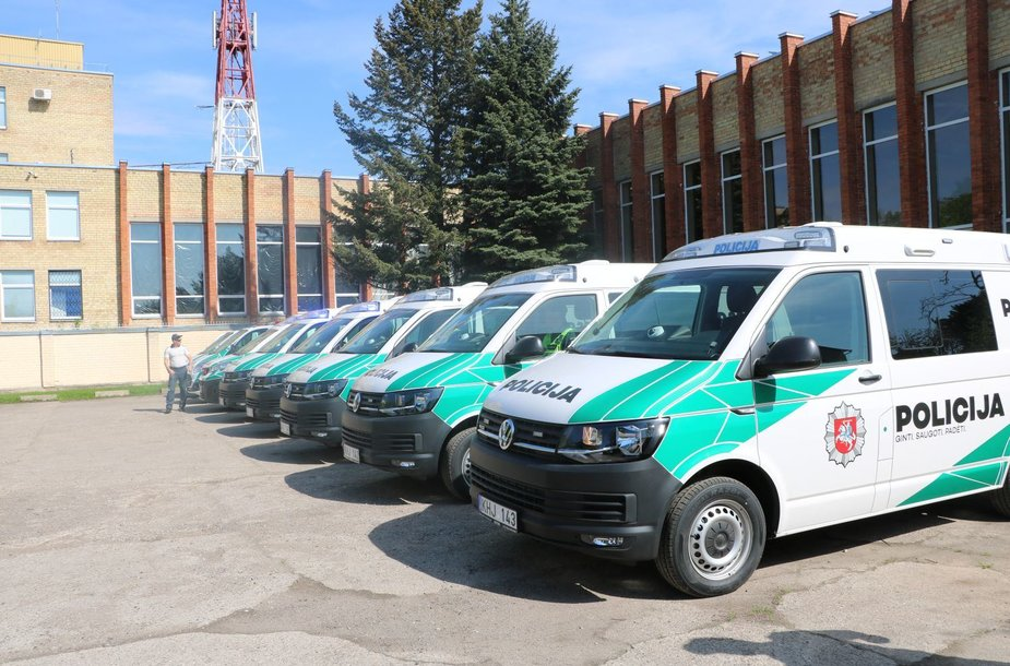 Nauji Panevėžio pareigūnų automobiliai